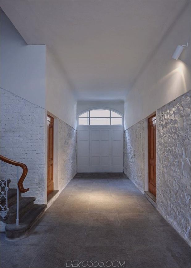 Vergangenheit trifft Zukunftshalle thumb 630x883 14555 Ei-Interieur im Renaissance-Haus Weiß