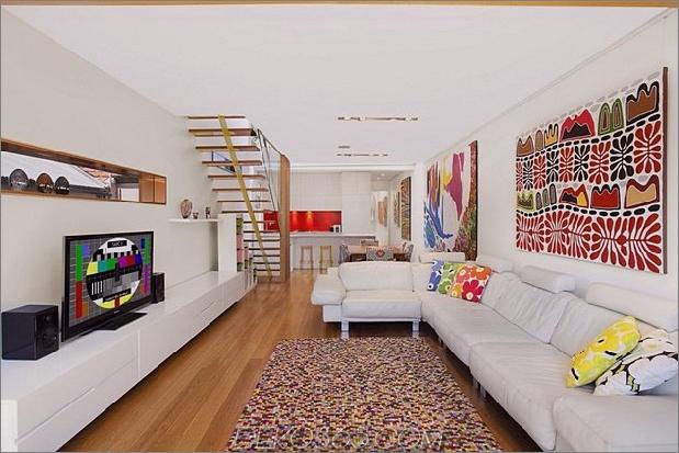Heritage-home-is-erfindet-mit-a-modern-renovation-4-living-view.jpg