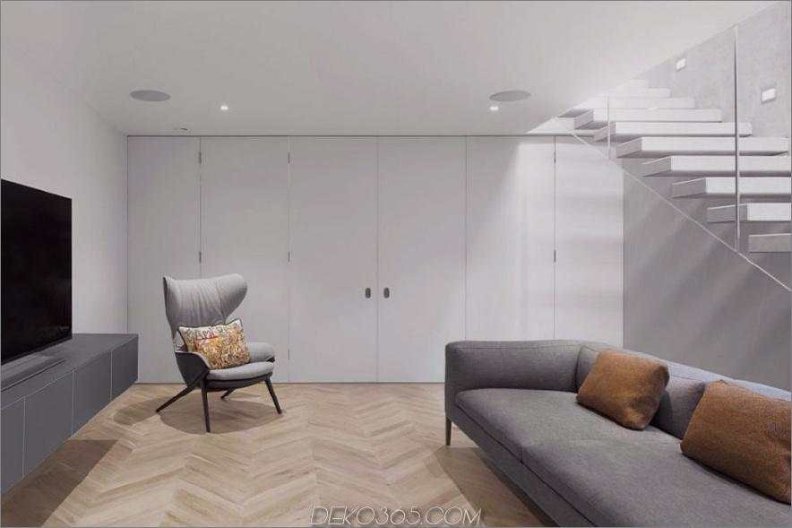 Viel Stauraum versteckt sich hinter minimalistischen Schranktüren