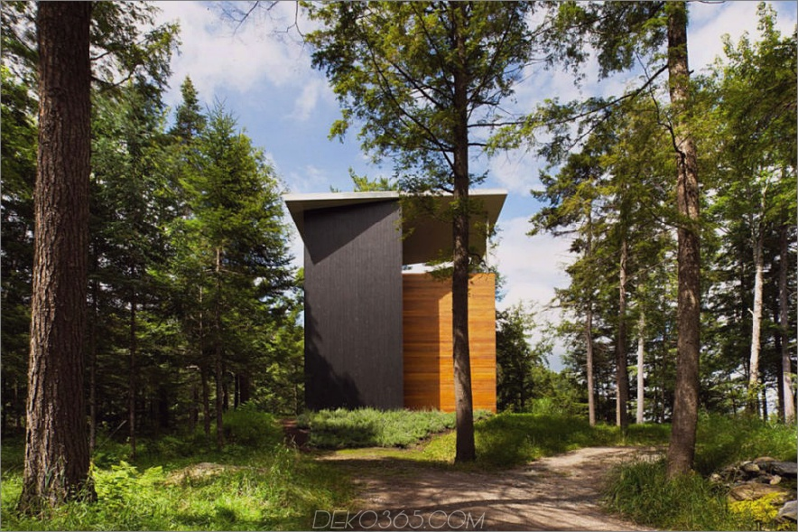 1700 Quadratmeter großes Haus in Bolton Est Québec Kanada 900x599 Ein modernistisches Haus in Quebec sieht aus wie ein Turm