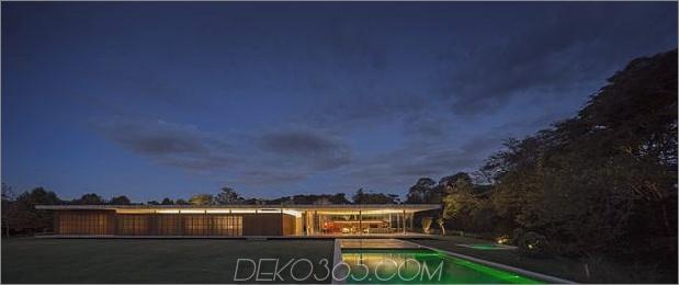 Haus ein Dach fünf separate Kolumnen 1 thumb 630xauto 50755 Ein Haus zwischen zwei Betonplatten
