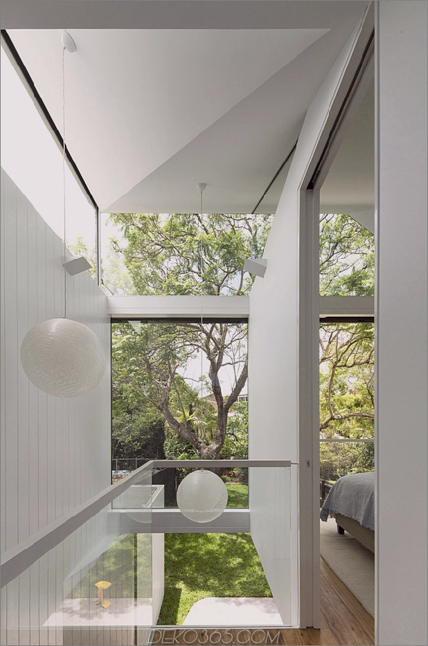 cool-glass-extension gibt traditionelles-home-a-modern-edge-14.jpg