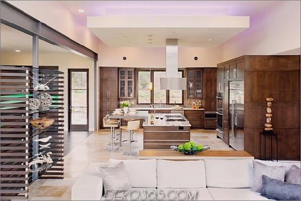 Familienheim-Outdoor-Wohnzimmer-Pool-6-Küche .jpg