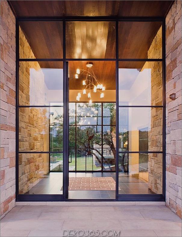 Familienheim-Outdoor-Wohnzimmer-Pool-10-Foyer.jpg