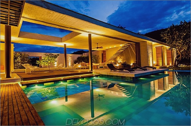 home-complete-open-elements-complete-close-7-pool.jpg