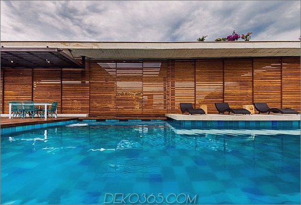 home-complete-open-elements-complete-close-11-pool.jpg