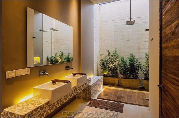 home-complete-open-elements-complete-close-19-bath.jpg