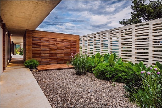 home-complete-open-elements-complete-close-23-courtyard.jpg