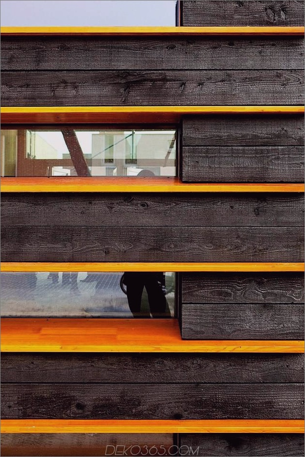 energie-neutral-reihenhaus-shou-sugi-ban-4-wood-detail.jpg