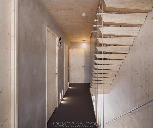 energie-neutral-reihenhaus-shou-sugi-ban-12-hall.jpg