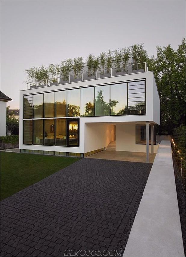 Energieoptimiertes Haus mit Dachterrasse Lamellenfenster Außenfenster zersplittert und Aufzug 2 thumb autox867 34371 Energieoptimiertes Haus mit Dachterrasse, Lamellenfenster, Außenfensterläden und Aufzug
