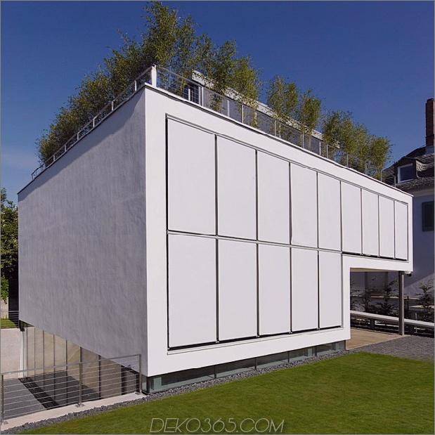 energieoptimiertes haus-mit-dach-terrasse-jalousie-fenster-außen-fensterläden-aufzug-8.jpg
