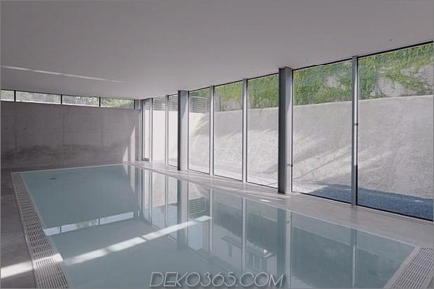 energieoptimiertes haus-mit-dach-terrasse-jalousie-fenster-außen-fensterläden-aufzug-19.jpg