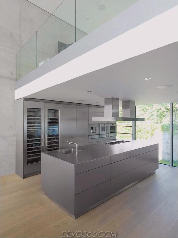 energieoptimiertes haus-mit-dach-terrasse-jalousie-fenster-außen-fensterläden-aufzug-13.jpg