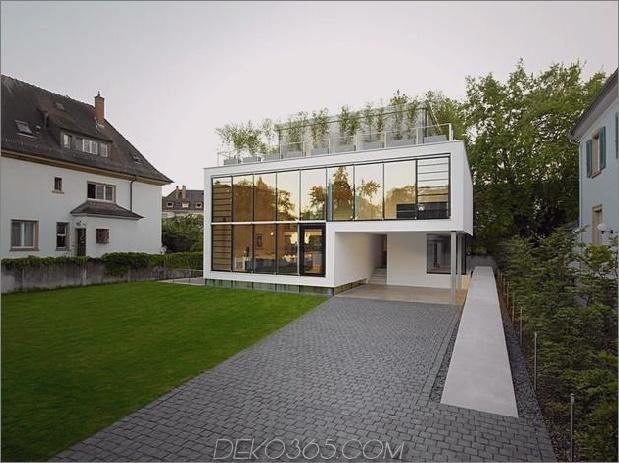 energieoptimiertes haus-mit-dach-terrasse-jalousie-fenster-außen-fensterläden-aufzug-24.jpg