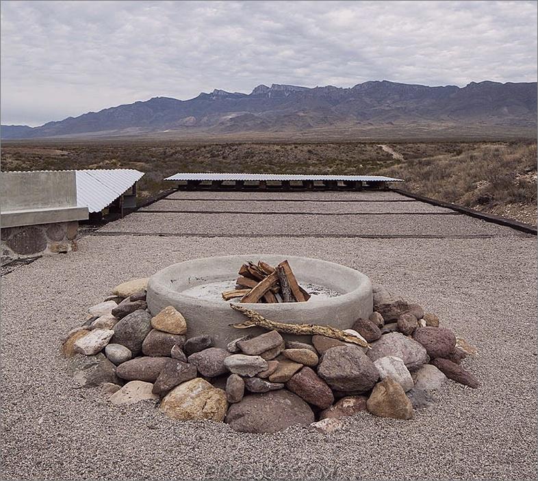 Erhöhen Sie die Hitze mit einer eleganten Feuerstelle_5c590e2e73946.jpg
