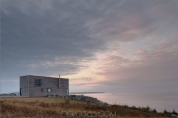 freitragendes klippenhaus-mit-holz-finishes-6-rear-angle.jpg