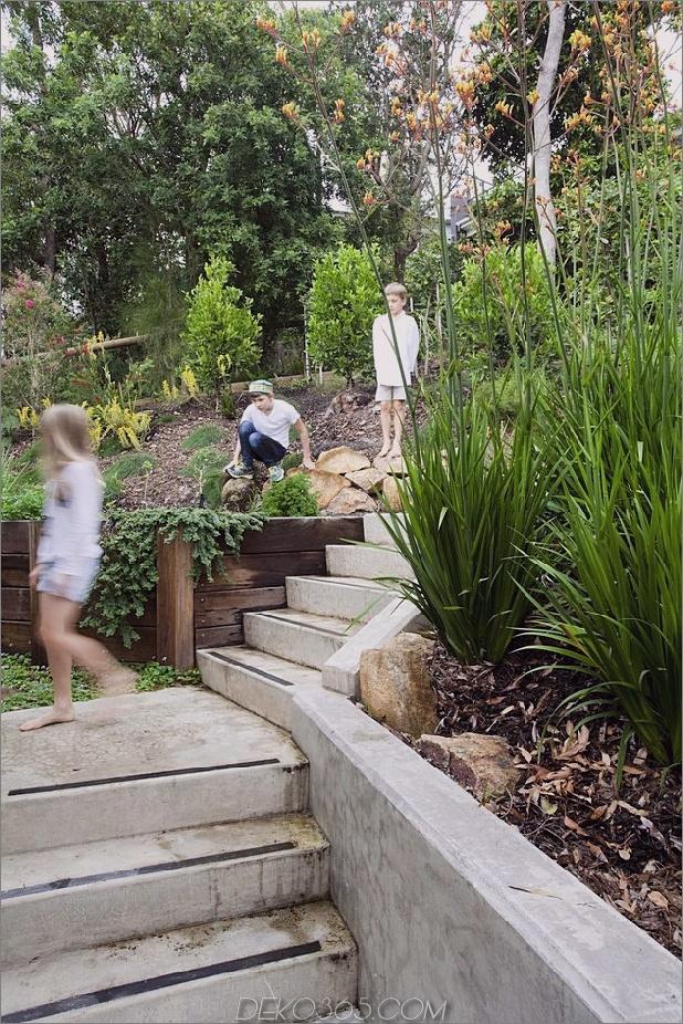 atemberaubend-neu erfundene-australische-home-features-hochragende-indoor-outdoor-courtyard-16-walkway.jpg