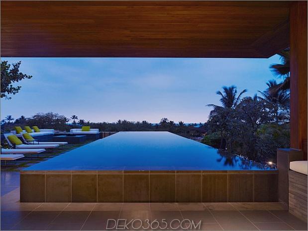 eco-friendly-kona-home-hawaiian-handwerkskunst-modern-details-4-pool.jpg