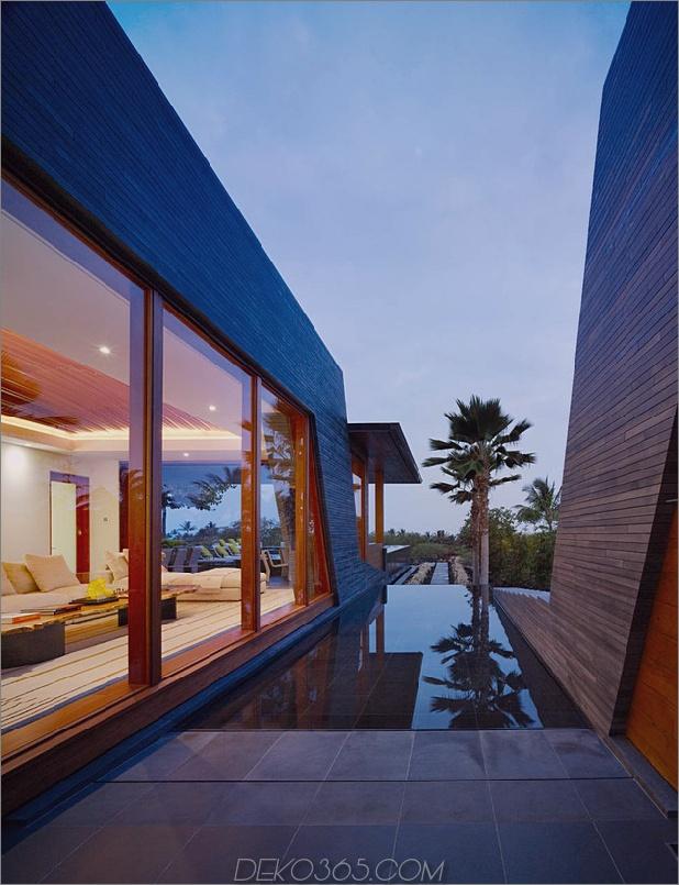 eco-friendly-kona-home-hawaiian-handwerkskunst-modern-details-9-side-pool.jpg