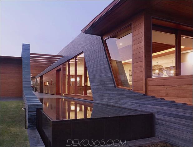 eco-friendly-kona-home-hawaiian-handwerkskunst-modern-details-10-privacy-screen.jpg