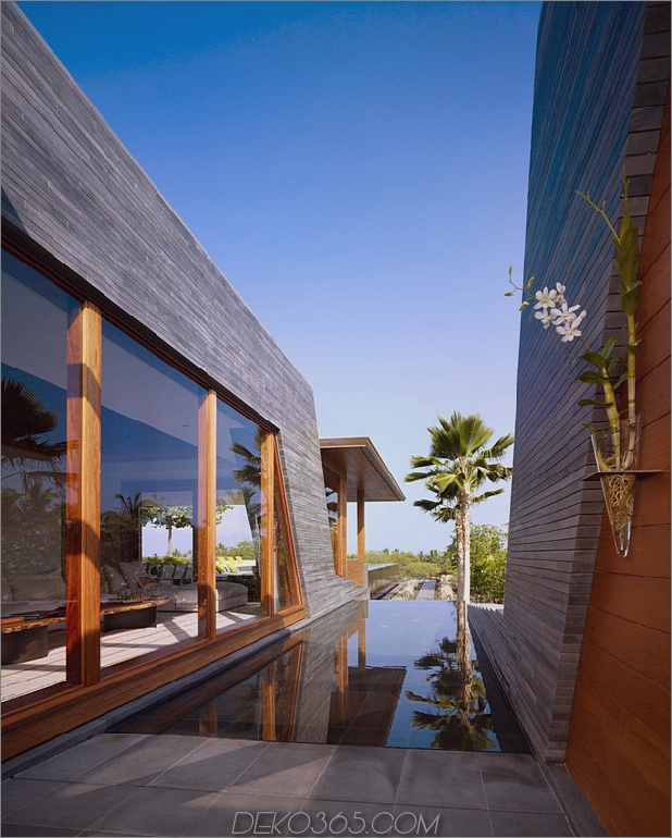 eco-friendly-kona-home-hawaiian-handwerkskunst-modern-details-15-windows.jpg