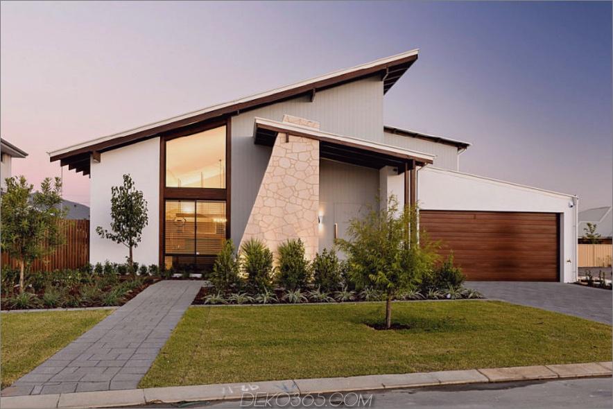 Die einzigartige Fassade spricht für das Interieur 1 900x600 Exotic Loft in Australien. Mixes Styles to Perfection