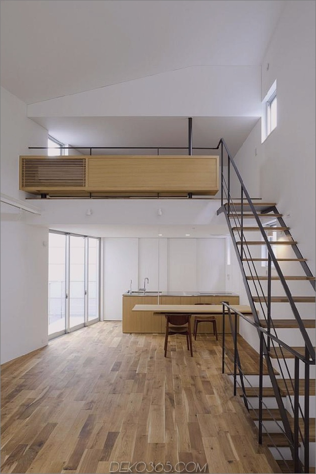 japanisch-oh-house-wows-with-schmale-footprint-open-interiors-8.jpg