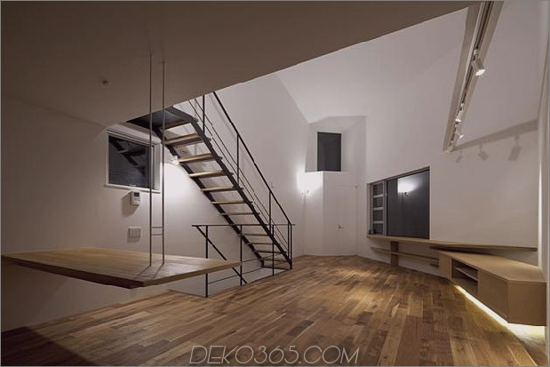 japanisch-oh-house-wows-with-schmale-footprint-open-interiors-15.jpg
