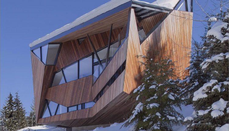 Facettierte Fassade beherbergt Bauvorschriften und Schneelasten_5c58f9aca6b7b.jpg