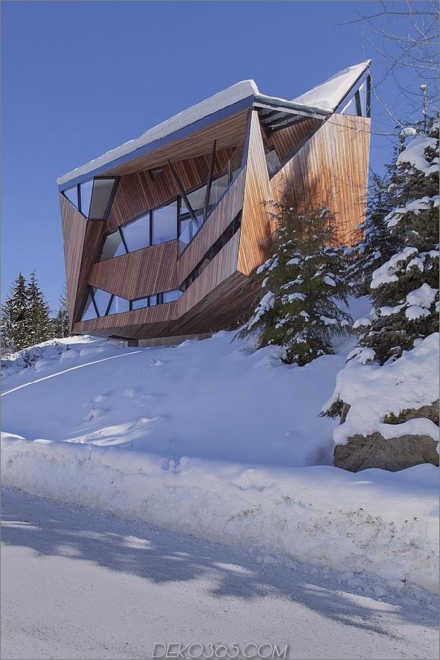 Facettierte Fassade beherbergt Bauvorschriften und Schneelasten_5c58f9ae3279f.jpg