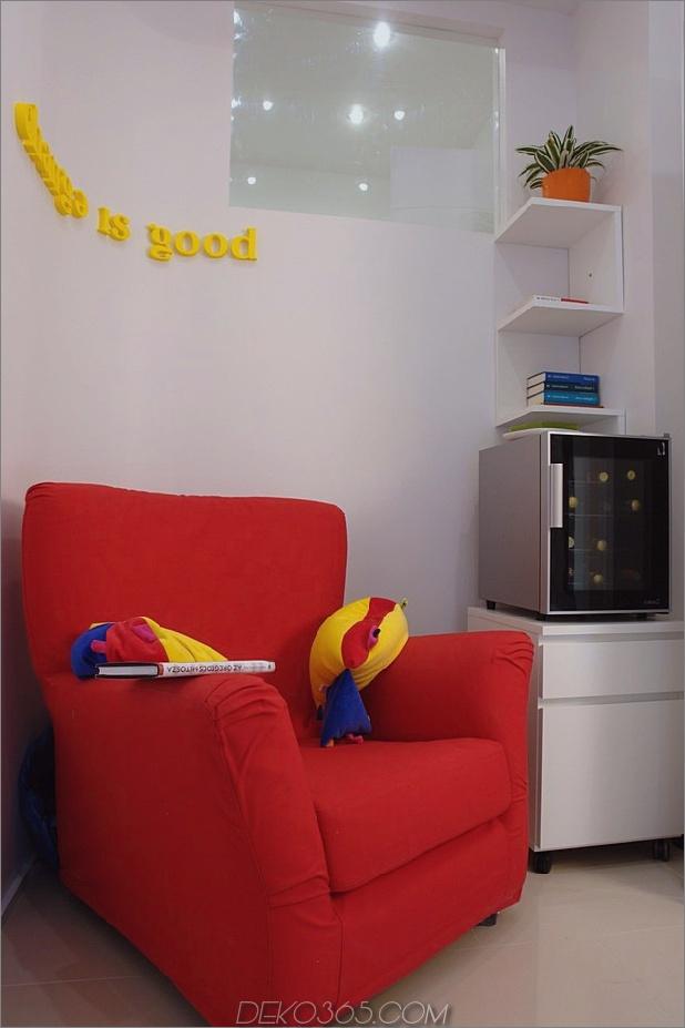 Farbdekorationsideen für ein Traumapartment in Budapest-4-rose-chair.jpg