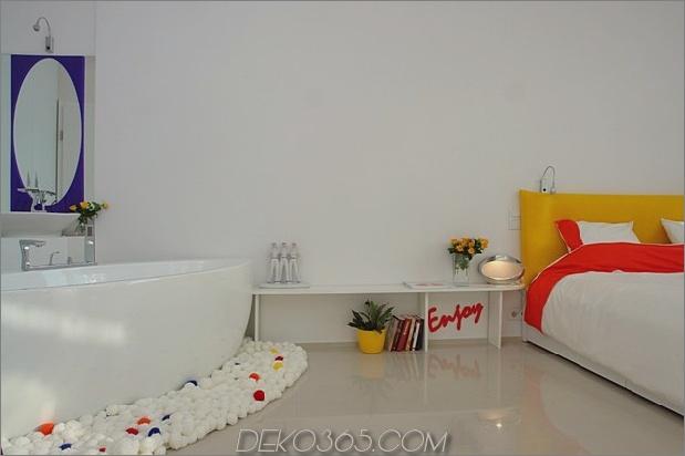 Farbdekorationsideen für ein Traumapartment in Budapest-7-Master-Bedroom.jpg