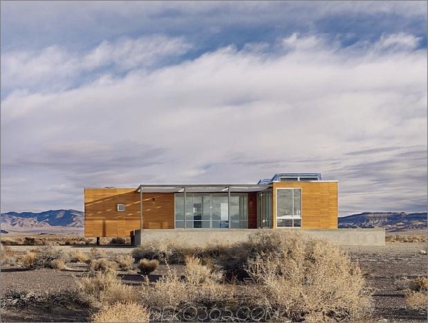 isoliert-wüste-ferienhaus-mit-einziehbares deck-cover-3-deck-side.jpg