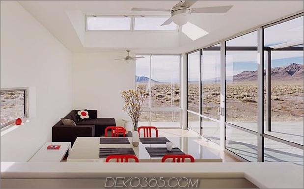 isoliert-wüste-ferienhaus-mit einziehbar-deck-abdeckung-6-wohnzimmer-küche.jpg