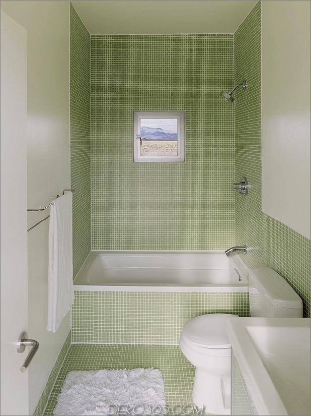 Isolierte-Wüste-Getaway-House-mit-einziehbare Deck-Abdeckung-12-bathroom.jpg