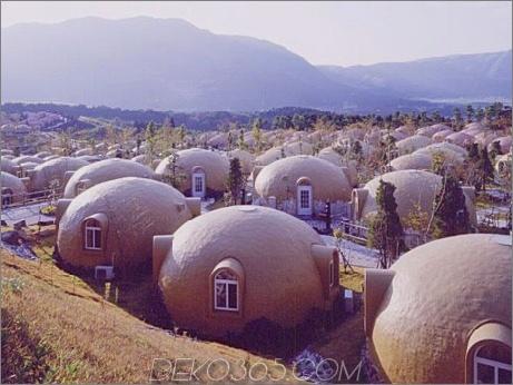 Kuppelhaus 2 Fertigstyropor Dome House Futuristisches japanisches Design