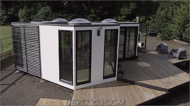 flat-pack-hivehaus-transforms-hexagonal-modular-homes-5-deck.jpg