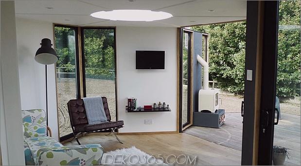 flat-pack-hivehaus-transforms-hexagonal-modular-homes-7-living.jpg