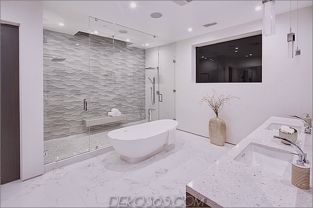 Fleetwood-Multi-Schiebetüren-und-Keramik-Böden definieren ein schönes Haus-10.jpg