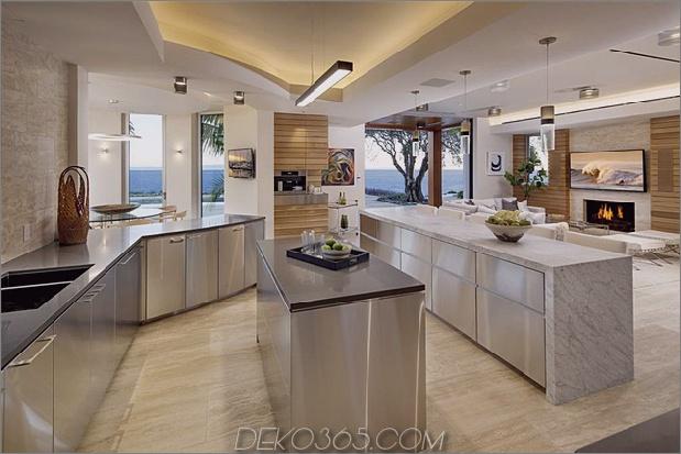 Köche-Küche-ist-glatt-und-Stainless.jpg