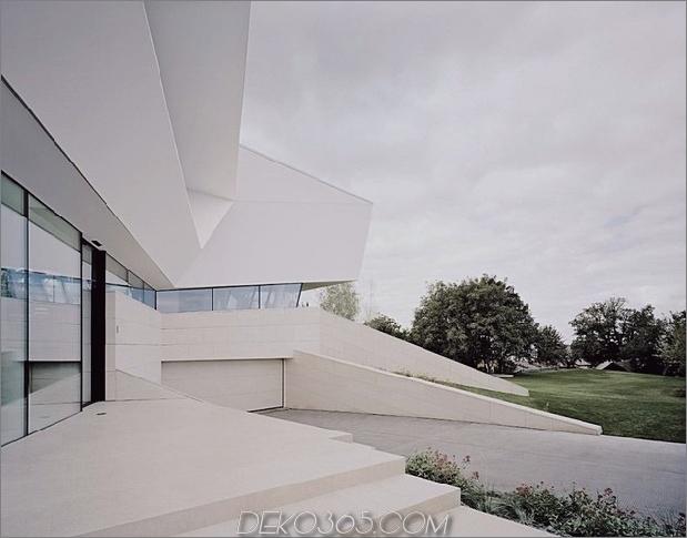 futuristisch-zu-hause-mit-facettenreichen-form-und-minimalistisch-ästhetisch-4.jpg