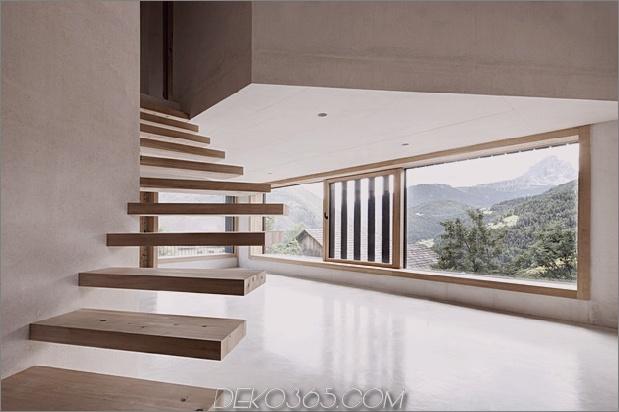 berg-ferienvilla-italien-gebaut-local-dolomite-wood-17-5-living.jpg