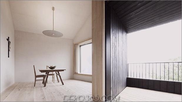 bergferienvilla-italien-gebaut-local-dolomite-wood-17-11-dining.jpg