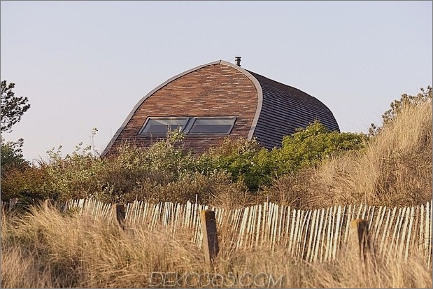gewölbtes dachhaus-mit-gefliest-exterior-14.jpg