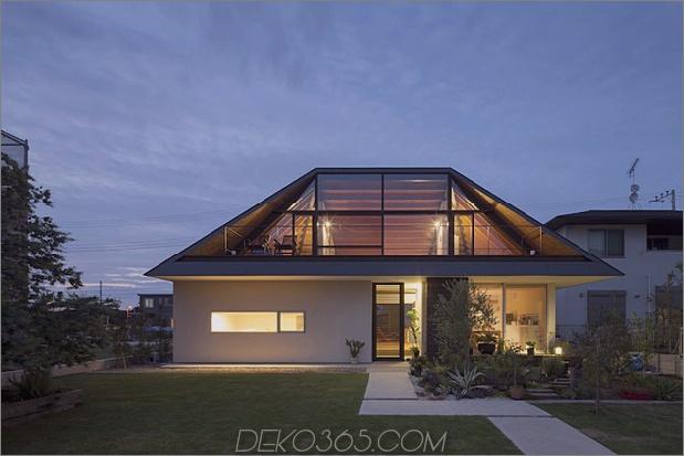 japanisches haus mit geschlagenem glasdach 1 thumb 630xauto 34007 Hipped Glass Roof House