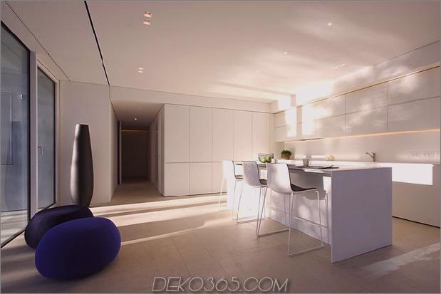 heiter-weißes-haus-mit-ummauerte-outdoor-space-16-kitchen.jpg