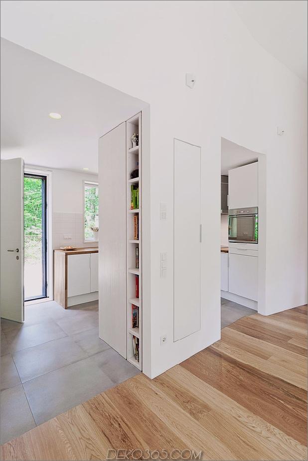 gemütlich-asymmetrisch-zu-hause-mit-holz-vielfalt-13-kitchen-storage.jpg