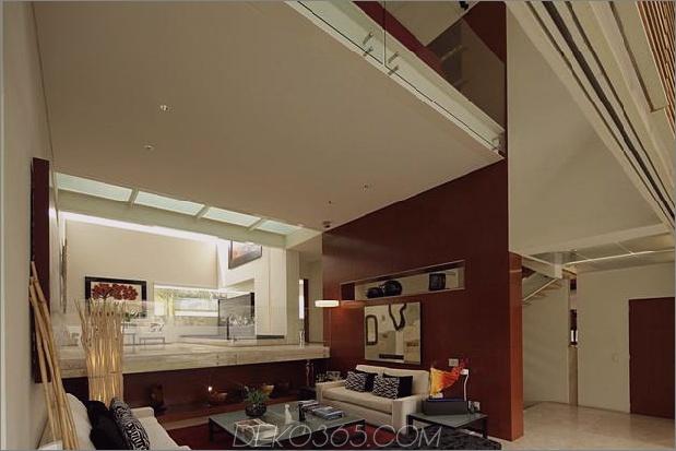geometrische-freitragende Master-Suite mit Blick auf den Pool-6-living.jpg