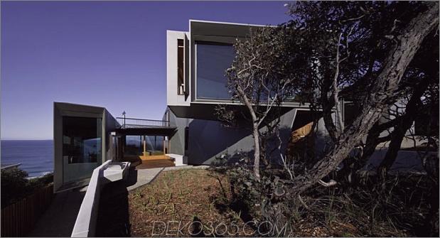 geometrisch-Strandhaus-mit-Zink-Exterieur-Holz-Interieur-3.jpg